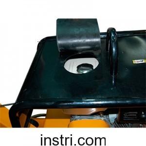 Бензиновая реверсивная виброплита ТСС TSS‑VP‑250H (колеса)